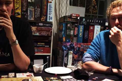 Eldritch-Horror-in-serious-action